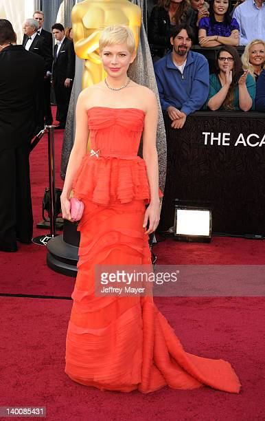 Michelle Williams arrives at the 84th Annual Academy Awards held at Hollywood & Highland Centre on February 26, 2012 in Hollywood, California.