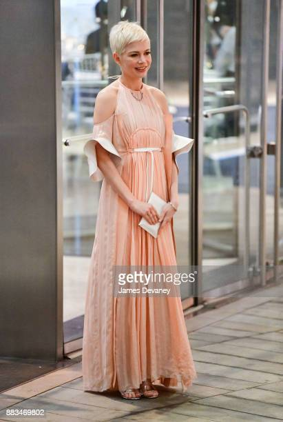 Michelle Williams arrives to Alice Tully Hall at Lincoln Center for An Evening Honoring Louis Vuitton and Nicolas Ghesquiere on November 30 2017 in...