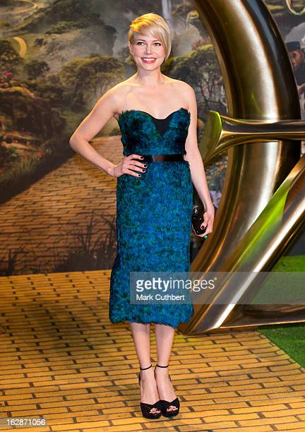 """Michelle Williams attends the European premiere of """"Oz: The Great and Powerful"""" at Empire Leicester Square on February 28, 2013 in London, England."""