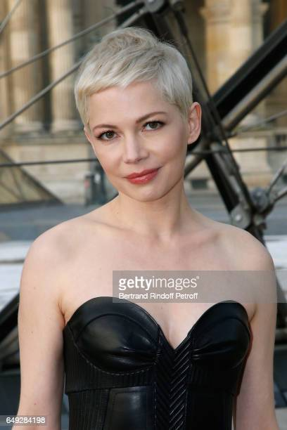 Michelle Williams attends the Louis Vuitton show as part of the Paris Fashion Week Womenswear Fall/Winter 2017/2018 on March 7 2017 in Paris France
