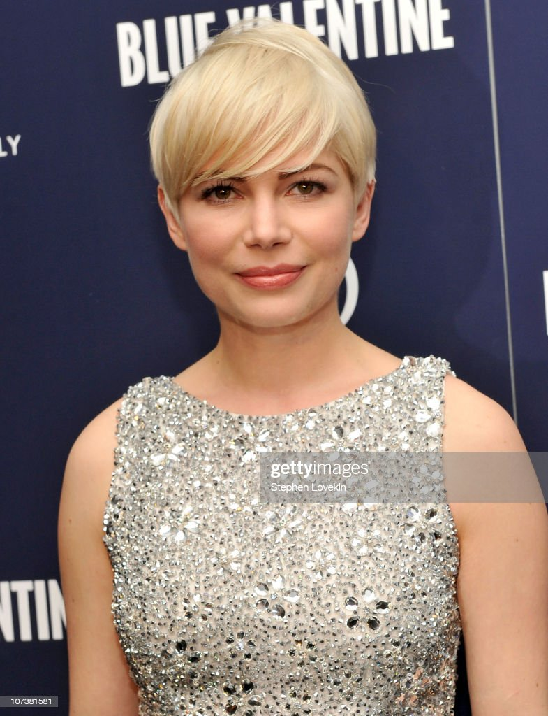 Michelle Williams Attends The New York Premiere Of U0027Blue Valentineu0027 Hosted  By Quintessentially At