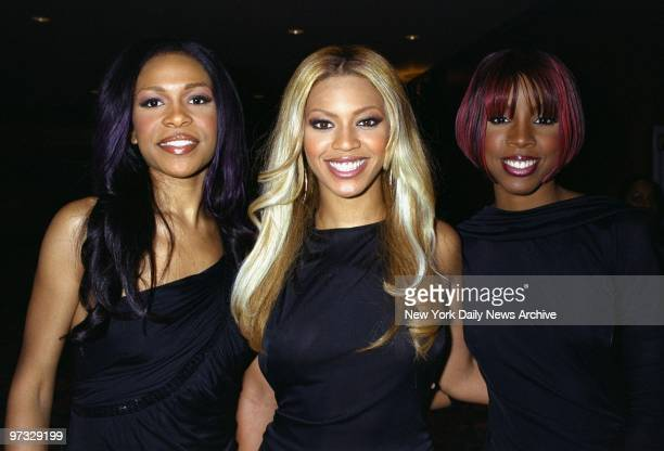 Michelle Williams Beyonce Knowles and Kelly Rowland of the RB trio Destiny's Child are on hand at the TJ Martell Foundation dinner at the Hilton Hotel