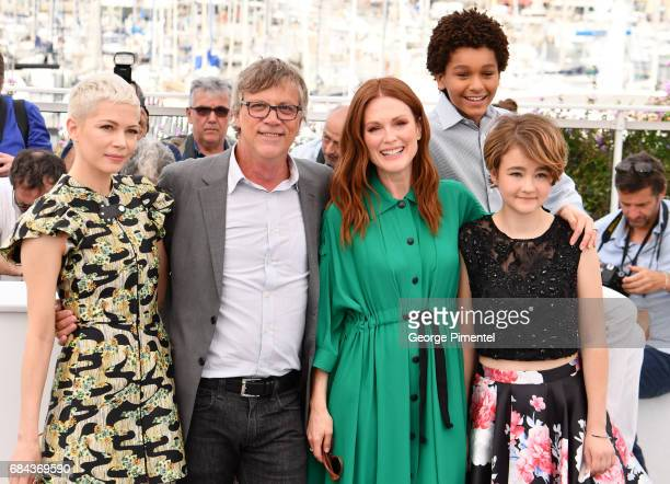 Michelle Williams director Todd Haynes Julianne Moore Jaden Michael and Millicent Simmonds attends Wonderstruck Photocall during the 70th annual...
