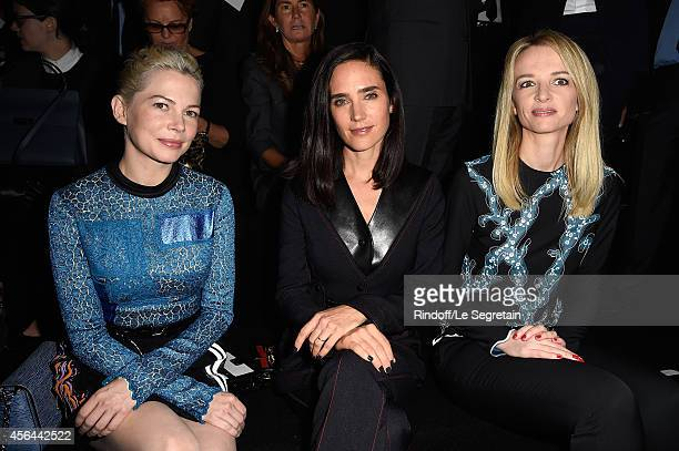 Michelle Williams Jennifer Connelly and Delphine Arnault attend the Louis Vuitton show as part of the Paris Fashion Week Womenswear Spring/Summer...