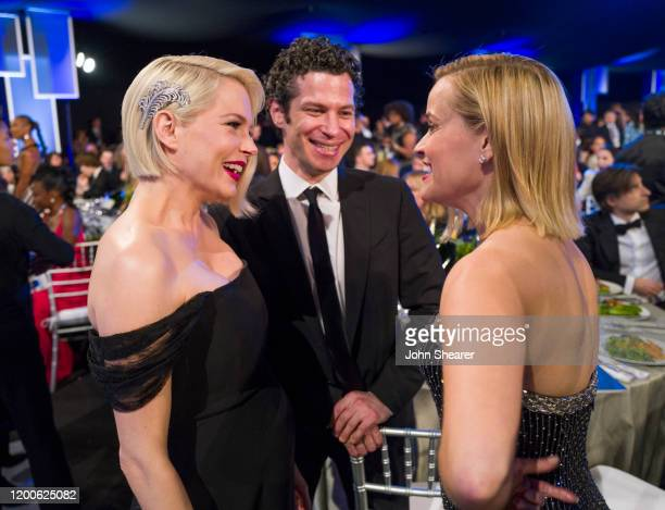 Michelle Williams Thomas Kail and Reese Witherspoon attend the 26th Annual Screen Actors Guild Awards at The Shrine Auditorium on January 19 2020 in...