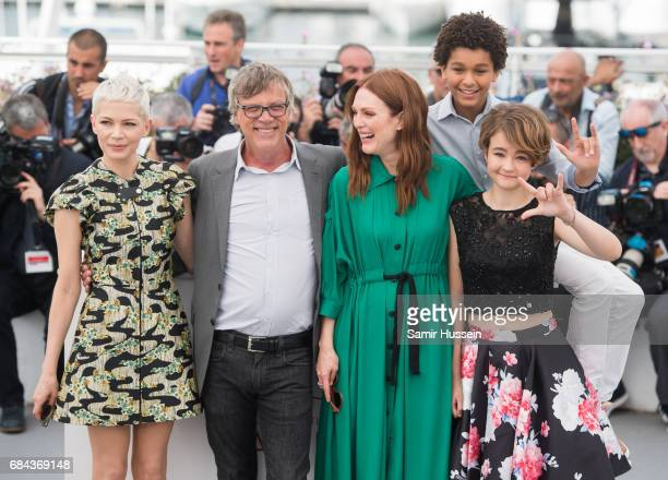 Michelle WilliamsTodd Haynes Julianne Moore Millicent Simmonds and Jaden Michael attend Wonderstruck Photocall during the 70th annual Cannes Film...