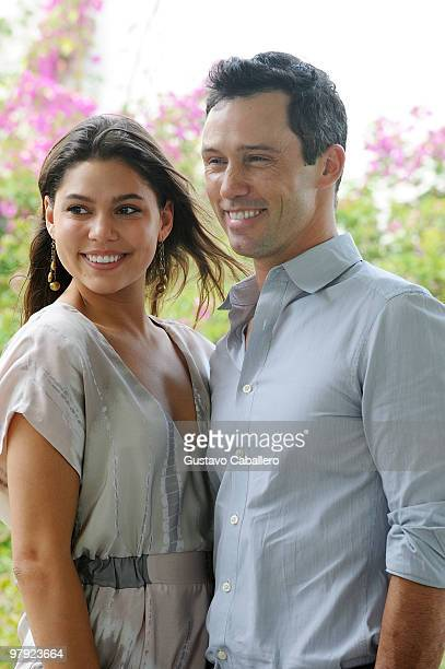 Michelle Woods and Jeffrey Donovan attend the Piaget Gold Cup at the Palm Beach International Polo Club on March 21, 2010 in Wellington, Florida.