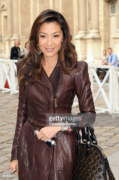 Michelle Yeoh arrives for the Louis Vuitton Pret a Porter show as part of the Paris Womenswear Fashion Week Spring/Summer 2010 at Cour Carree du...
