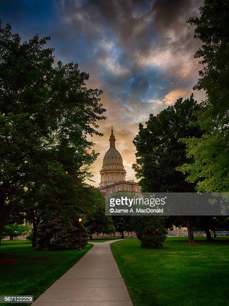 michigan capitol building - michigan state capitol stock pictures, royalty-free photos & images