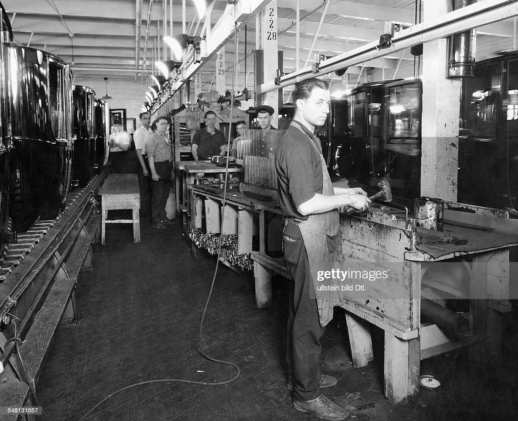 Ford Motor Company In Dearborn Detroit Work On The Assembly Line