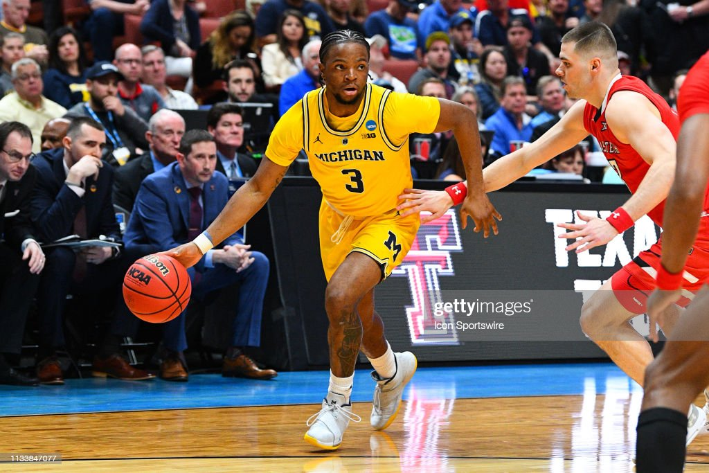 NCAA BASKETBALL: MAR 28 Div I Men's Championship - Sweet Sixteen - Texas Tech v Michigan : News Photo