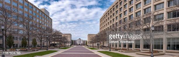ミシガン州司法ホール(裁判所) - ランシング (ミシガン州) - 正当防衛 ストックフォトと画像