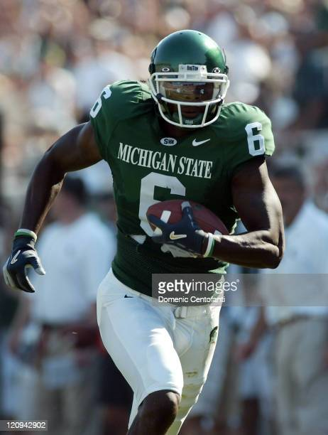Michigan State senior Matt Trannon runs for a 54yard touchdown from Drew Stanton in the secondquarter to make the score 200 in East Lansing Michigan...