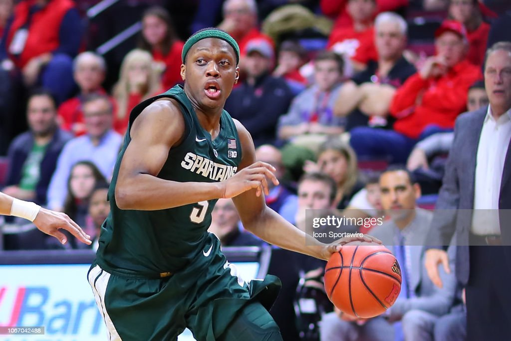 COLLEGE BASKETBALL: NOV 30 Michigan State at Rutgers : News Photo