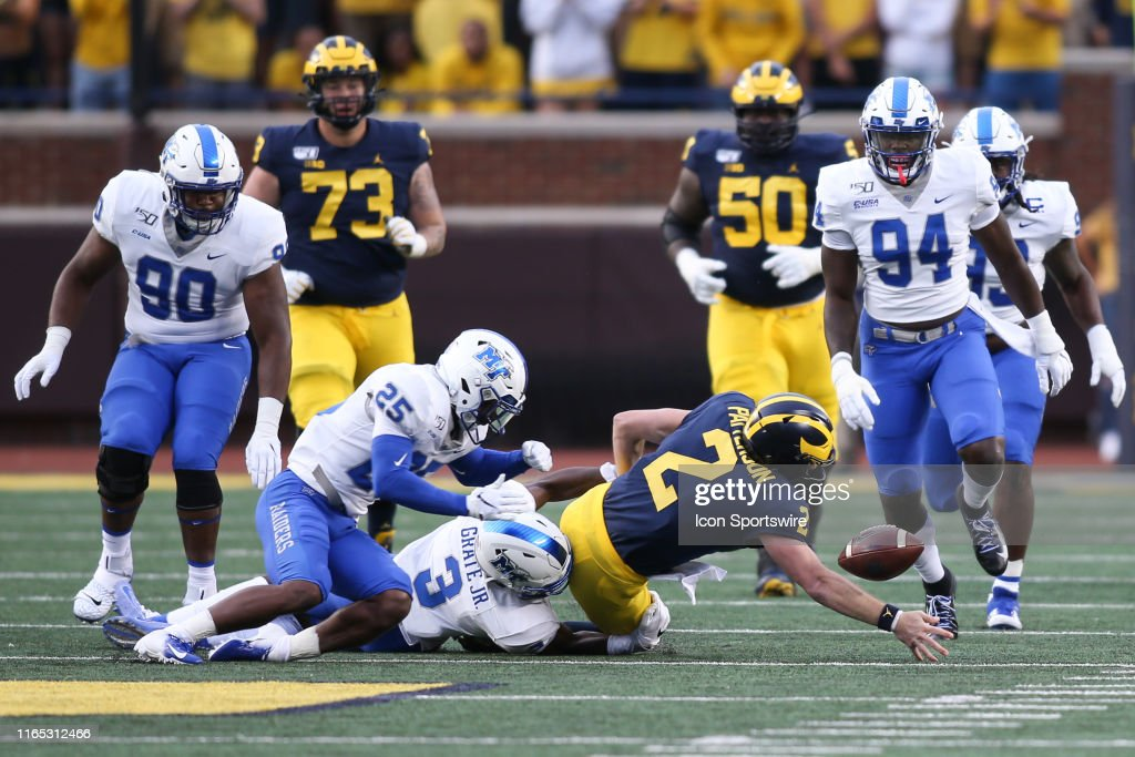 COLLEGE FOOTBALL: AUG 31 Middle Tennessee at Michigan : News Photo