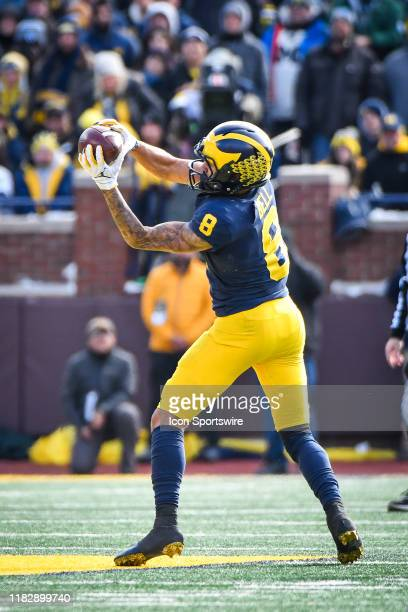 Michigan Wolverines wide receiver Ronnie Bell catches a pass over the middle for a first down during the Michigan Wolverines versus Michigan State...