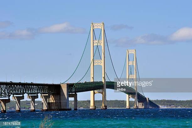 Michigan el puente Mackinac