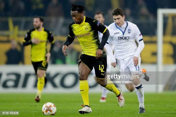 Michy Batshuayi of Borussia Dortmund Mattia Caldara of Atalanta during the UEFA Europa League match between Borussia Dortmund v Atalanta Bergamo at...