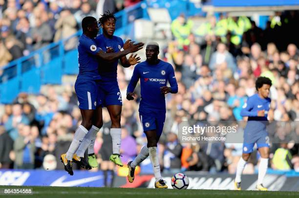 Michy Batshuayi of Chelsea celebrates scoring the 2nd Chelsea goal with Antonio Rudiger of Chelsea and Tiemoue Bakayoko of Chelsea during the Premier...