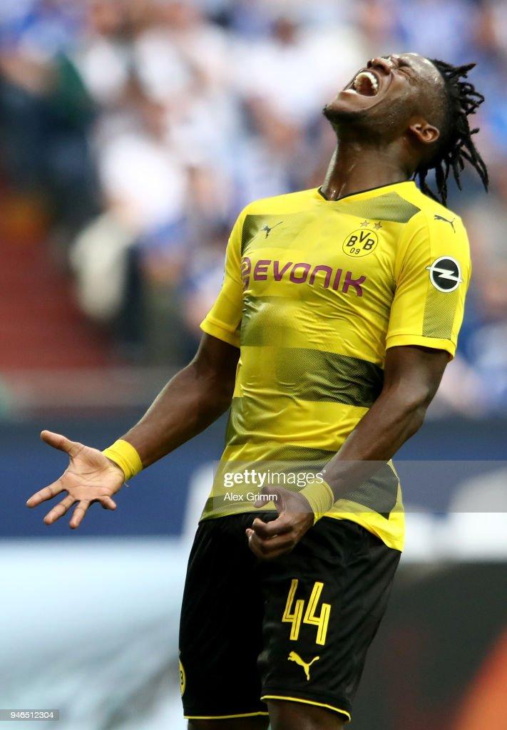 FC Schalke 04 v Borussia Dortmund - Bundesliga