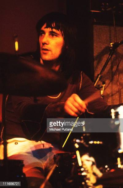 Mick Avory of The Kinks performs on stage UK circa 1972