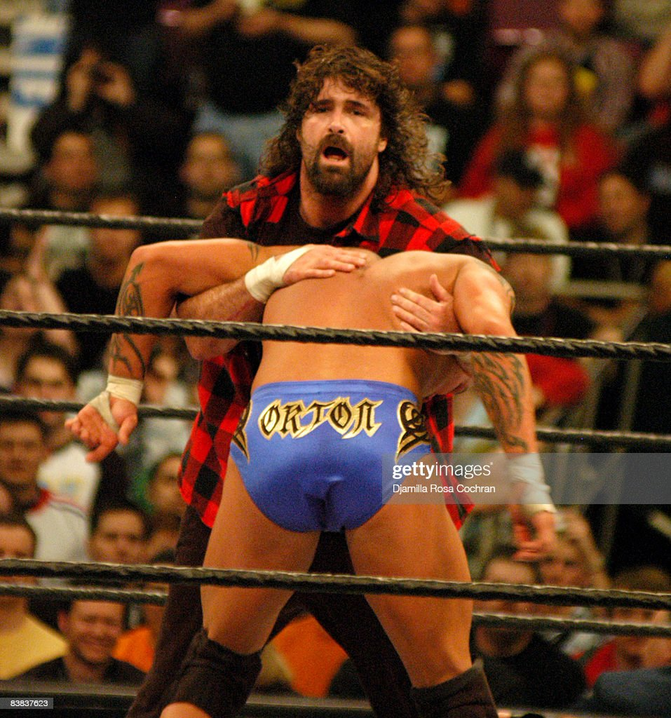 Wrestle Mania XX : News Photo