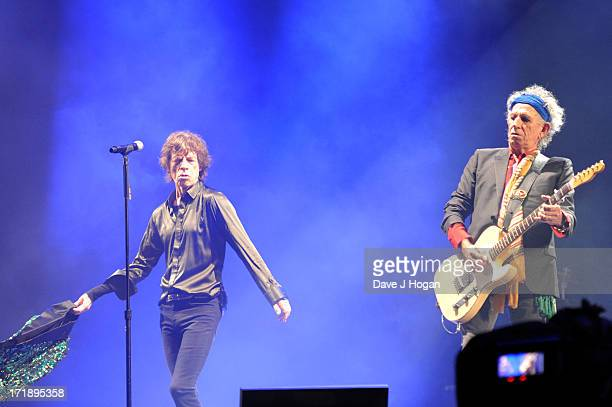 Mick Jagger and Keith Richards of The Rolling Stones perform at day 3 of the 2013 Glastonbury Festival at Worthy Farm on June 29 2013 in Glastonbury...