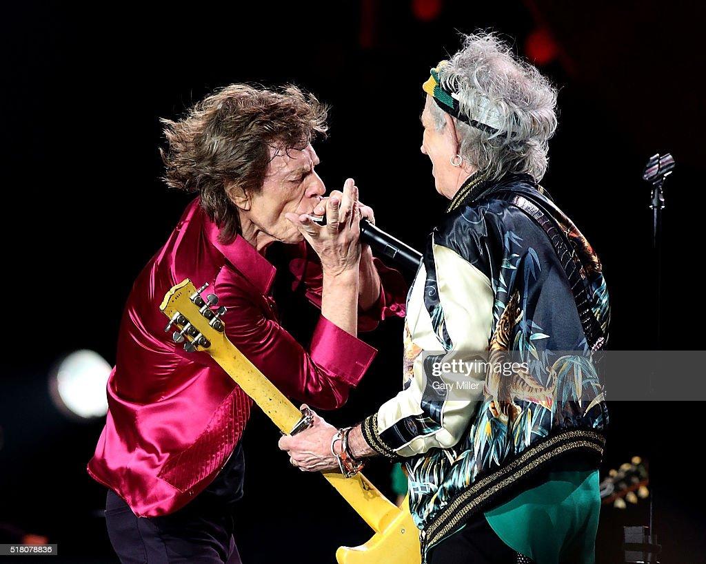 The Rolling Stones In Havana : News Photo