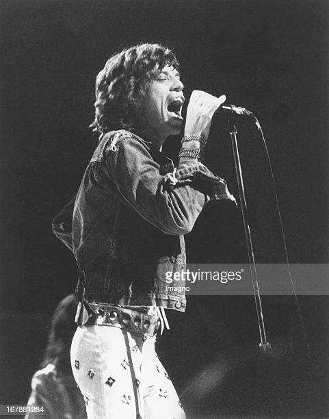 Mick Jagger and the Rolling Stones in Vienna City Hall 1973 Photograph Mick Jagger bei einem Konzert der Rolling Stones in der Wiener Stadthalle 1970...