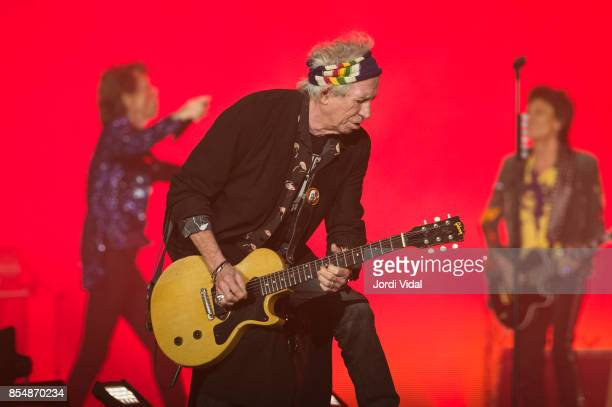 Mick Jagger Keith Richards and Ron Wood of The Rolling Stones perform on stage at Estadi Olimpic on September 27 2017 in Barcelona Spain
