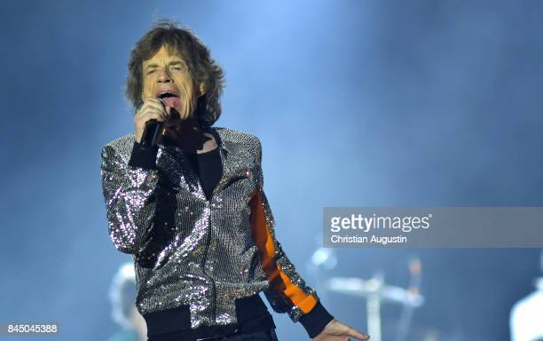 Mick Jagger of The Rolling Stones performs during the opening night of their European Tour No filter at Stadtpark Festwiese on September 9 2017 in...