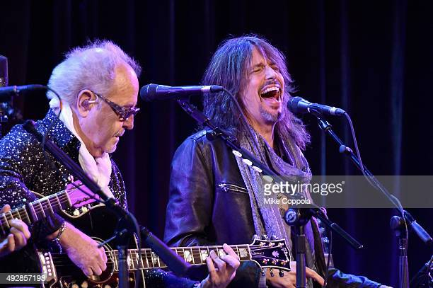 Mick Jones and Kelly Hansen of Foreigner perform onstage at the TJ Martell 40th Anniversary NY Gala at Cipriani Wall Street on October 15 2015 in New...