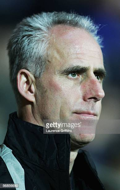 Mick McCarthy manager of Sunderland looks on during the Barclays Premiership match between Blackburn Rovers and Sunderland on February 15 2006 at...