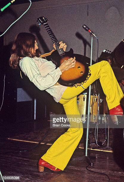 Mick Ralphs of Mott The Hoople performs on stage at Birmingham Town Hall on December 26 1970.
