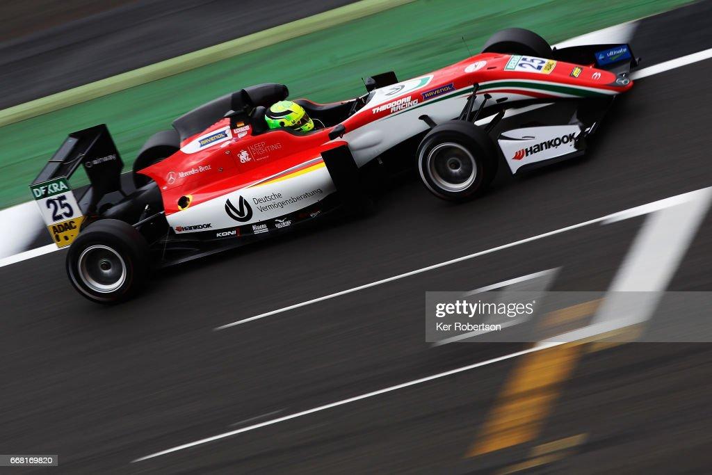 European Formula 3 Series - Silverstone : News Photo