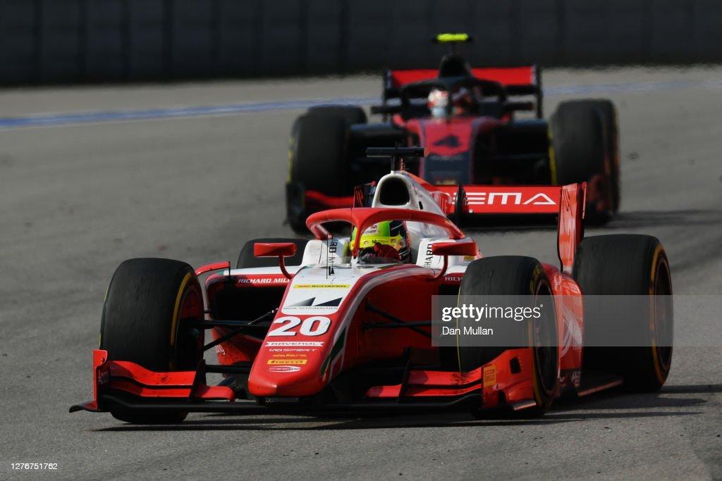 Formula 2 Championship - Round 10:Sochi - Feature Race : Nachrichtenfoto