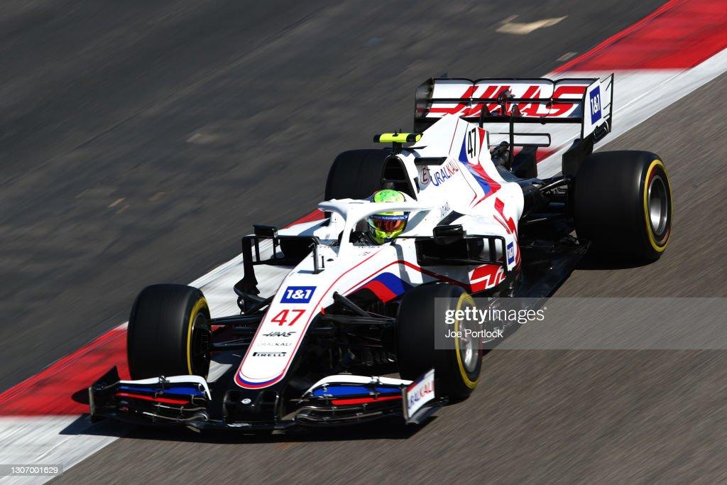 Formula 1 Testing in Bahrain - Day 3 : Foto di attualità