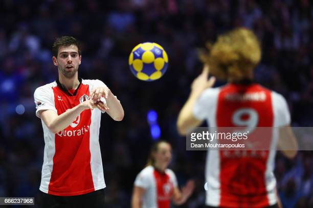 Mick Snel of Top/Quoration in action during the Dutch Korfball League Final between BlauwWit and TOP/Quoratio held at the Ziggo Dome on April 8 2017...