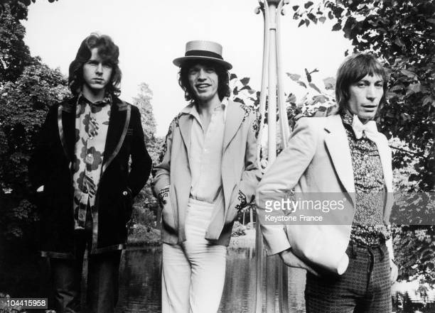 Mick TAYLOR Mick JAGGER and Charlie WATTS respectively the guitarist singer and drummer of the ROLLING STONES at the Pavillion of Armenonville in...