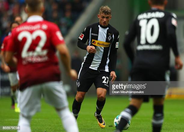 Mickael Cuisance of Borussia Monchengladbach in action during the Bundesliga match between Borussia Moenchengladbach and Hannover 96 at BorussiaPark...