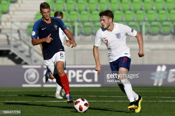 Mickael Cuisance of France vies with Elliot Embleton of England during the football 2018 UEFA European Under19 Championship Group stage match England...