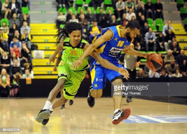Mickael GELABALE / Anthony DOBBINS Asvel / Hyeres Toulon 17e journee Pro A
