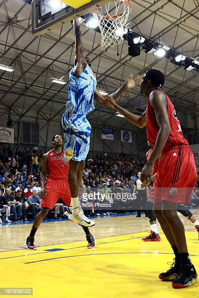 Mickell Gladness of the Santa Cruz Warriors dunks the ball against the Idaho Stampede on March 27, 2013 at Kaiser Permanente Arena in Santa Cruz,...