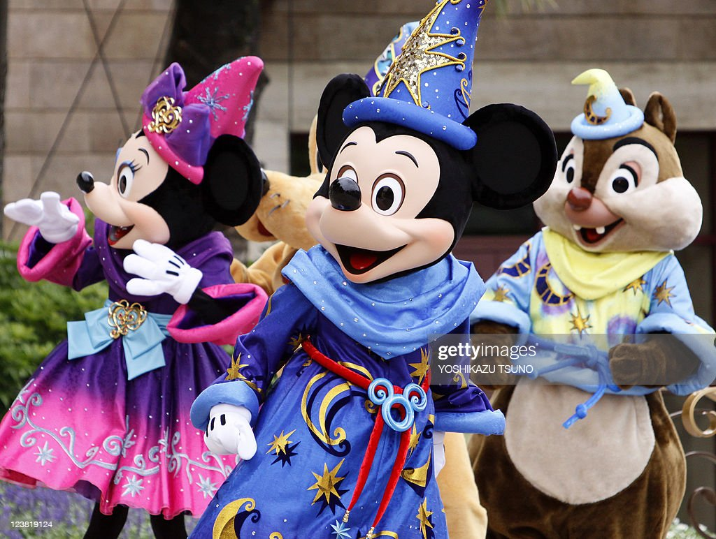 Mickey Mouse (C) and Disney characters g : News Photo