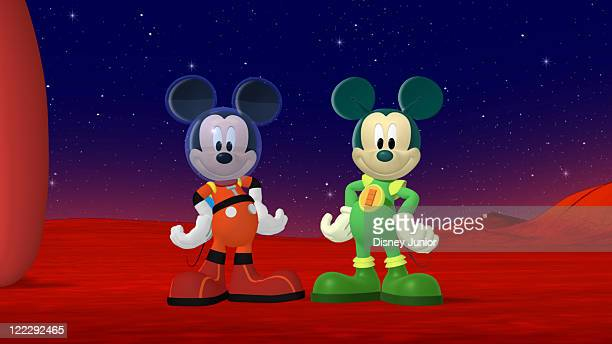 CLUBHOUSE Mickey Mouse Clubhouse Space Adventure Mickey Minnie Donald Daisy Goofy and Pluto blast off to outer space in the Clubhouse rocket in...