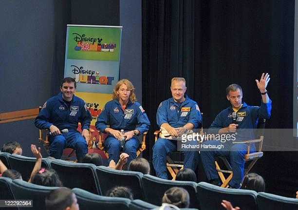 CLUBHOUSE Mickey Mouse Clubhouse Space Adventure Mickey Mouse and Minnie Mouse welcomed NASA astronauts Chris Ferguson Doug Hurley Sandy Magnus and...