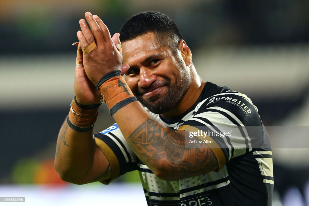 Mickey Paea of Hull FC applauds the crowd during the Betfred Super League match between Hull FC and Salford Red Devils at KCOM Stadium on June 8, 2018 in Hull, England.