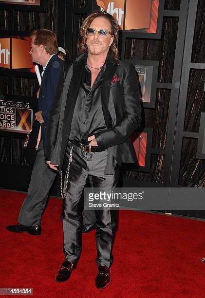 Mickey Rourke arrives at the 14th Annual Critics' Choice Awards at the Santa Monica Civic Center on January 8, 2009 in Santa Monica, California.