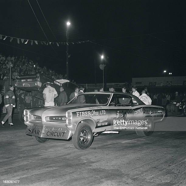 Mickey Thompson 200 MPH Lions Drag Strip The Farmer Arnie Beswick's '66 Pontiac fiberglass bodied GeeTO Funny Car about to square off with Dyno Don...