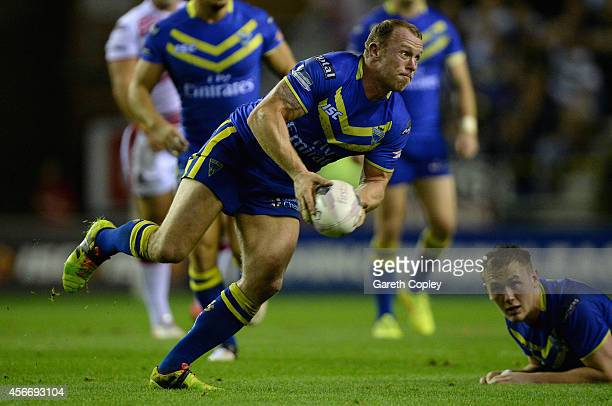 Micky Higham of Warrington Wolves during the First Utility Super League Qualifying SemiFinal match between Wigan Warriors and Warrington Wolves at DW...